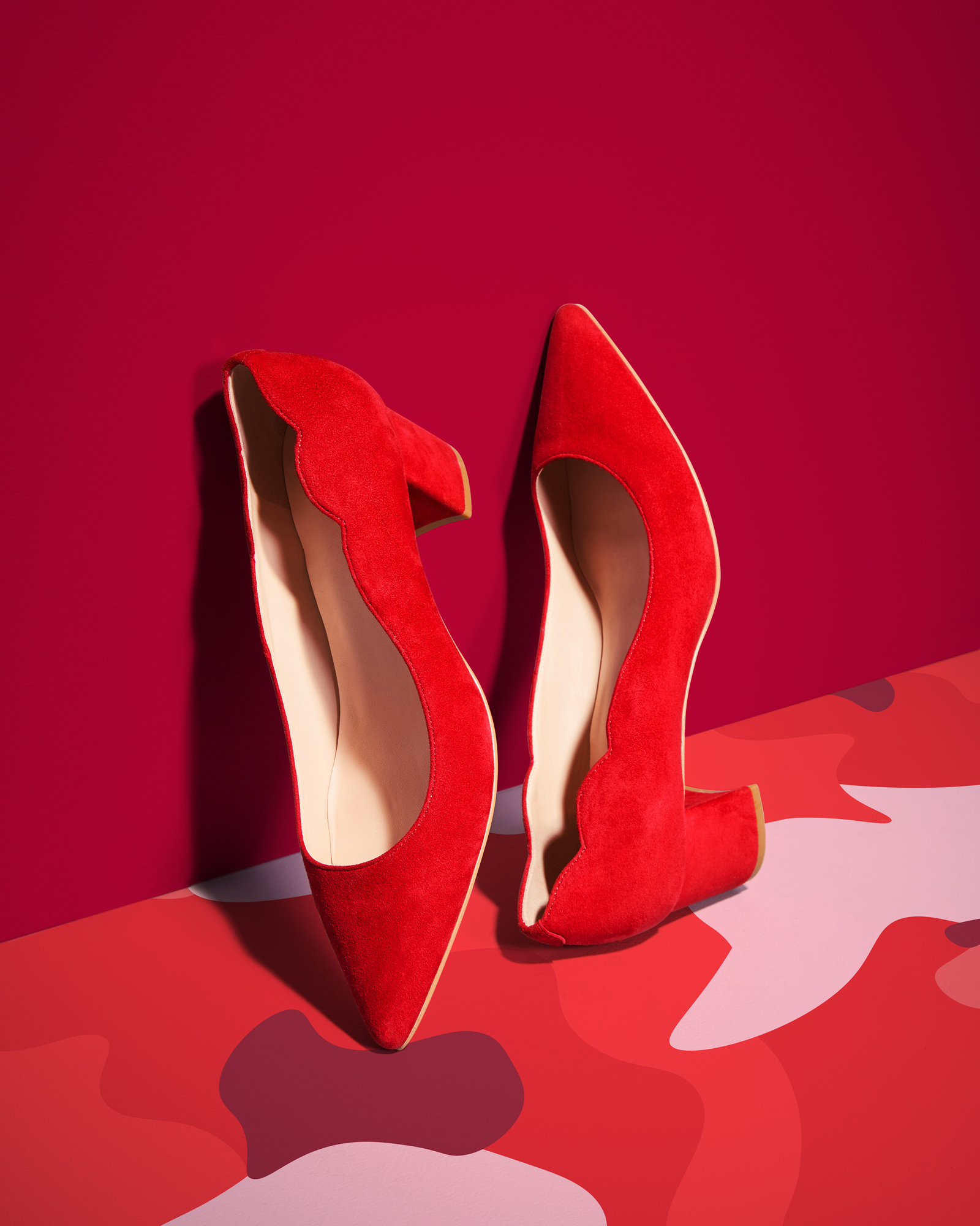 50234_TJ_NY_GO_SHOES_3_RED_PUMPS_072-R